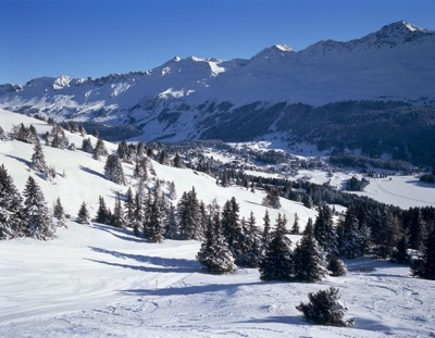 Snowy valley at Guarda Val