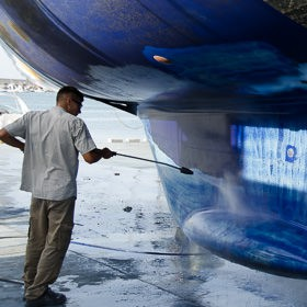 Pressure washing the hull