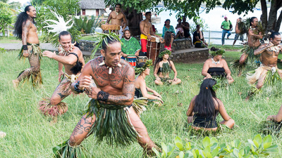 Marquesas dancing