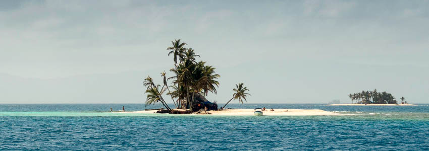 Typical island image from San Blas